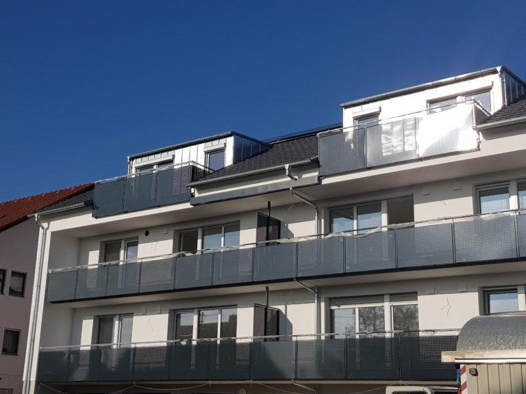 Frontansicht eines Mehrfamilienhauses in Ochsenfurt